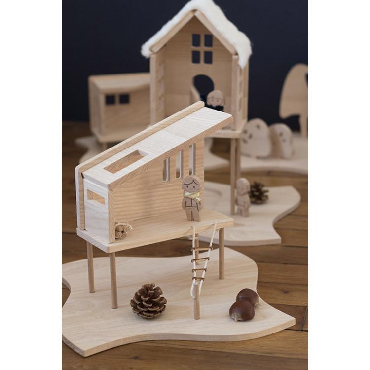Cabanes en bois brut pour enfant non genré, maison de pouée pour garçons et filles, made in France en vente chez Émeu